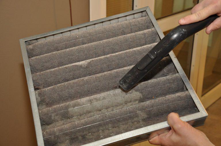 Comment nettoyer le filtre d'une climatisation ?