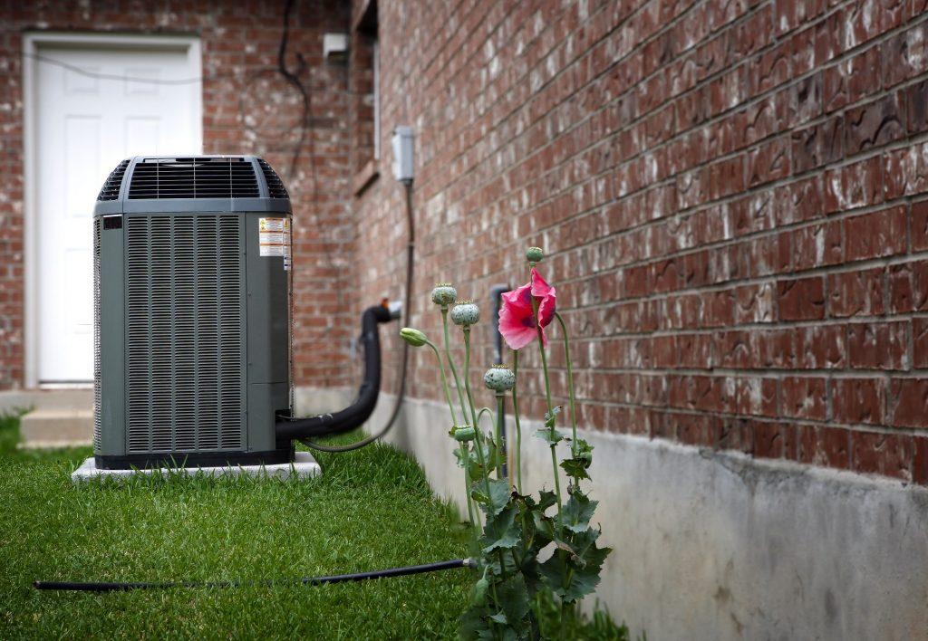 A rothermie comment choisir la bonne pompe chaleur - Pompe a chaleur monobloc interieur ...